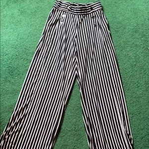 EUC Pin straight pull up pants